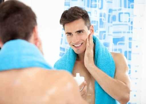 הסרת שיער בלייזר לגברים בפנים